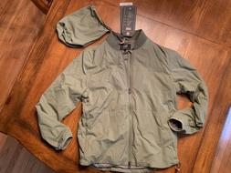 NWT Levi's Packable Bomber Jacket Mens SMALL Military Gree